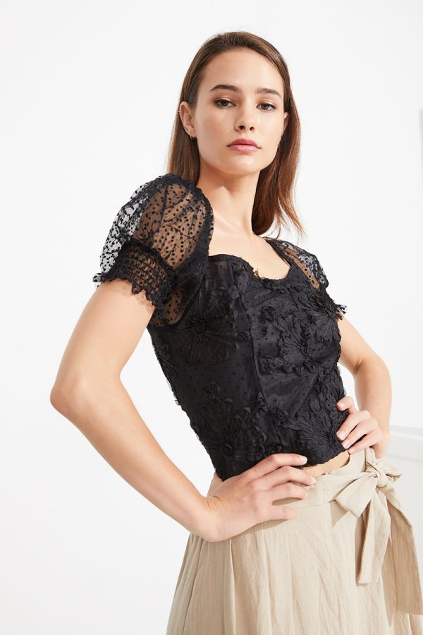 DIANA BRODERIE PUFF SLEEVE TOP (323874)