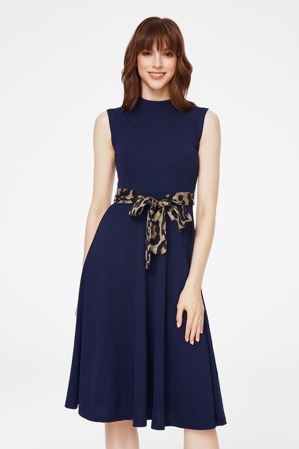 Fit & Flare midi dress with buckled belt (324234)