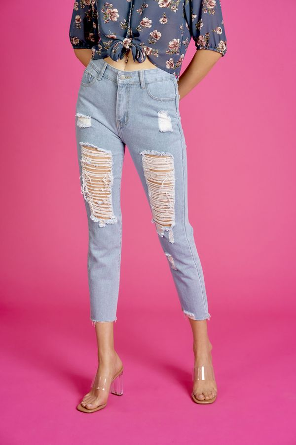 Distressed ripped mom jeans  (324268)