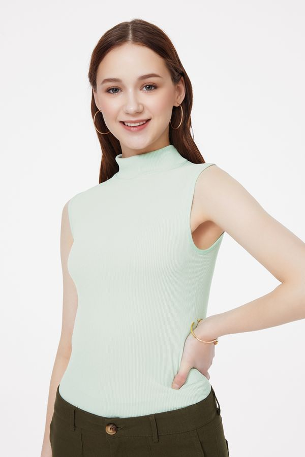 half high neck sleevelessbasic top (324426)