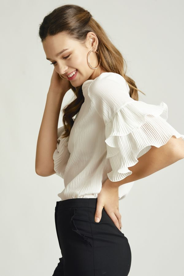 loose frill sleeve top (325076)