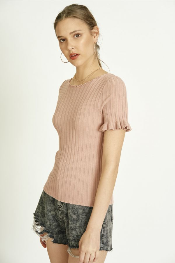 ruffled sleeve knit top  (325096)